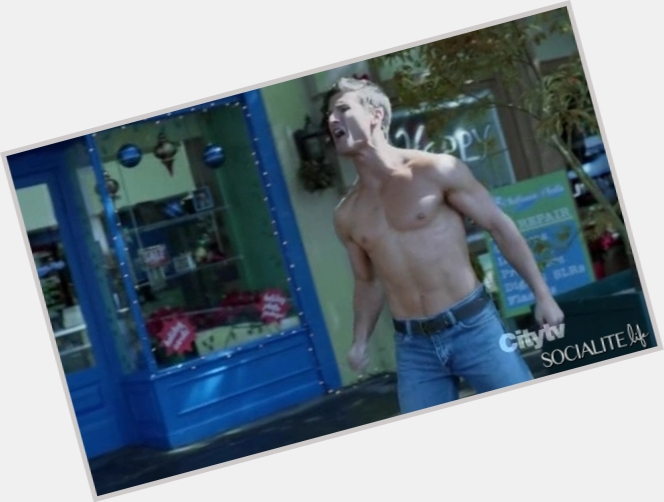 parker young gif 3.jpg