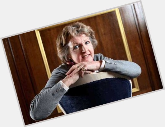 penelope keith the good life 1.jpg