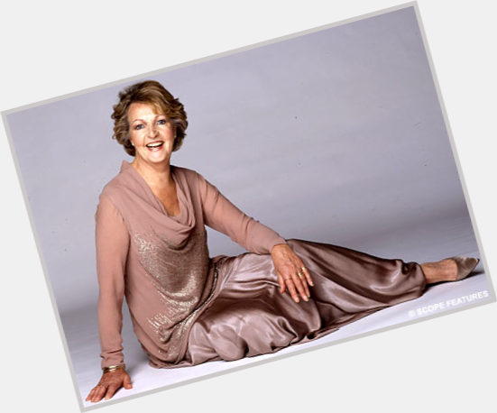 penelope keith the good life 3.jpg