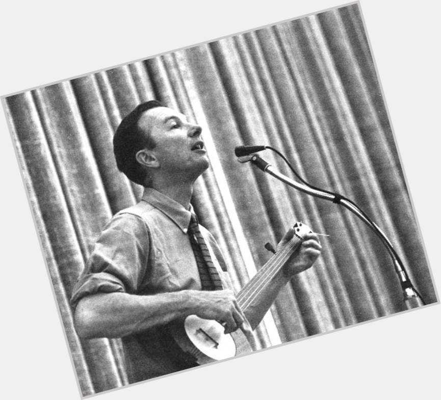 pete seeger and toshi 1.jpg
