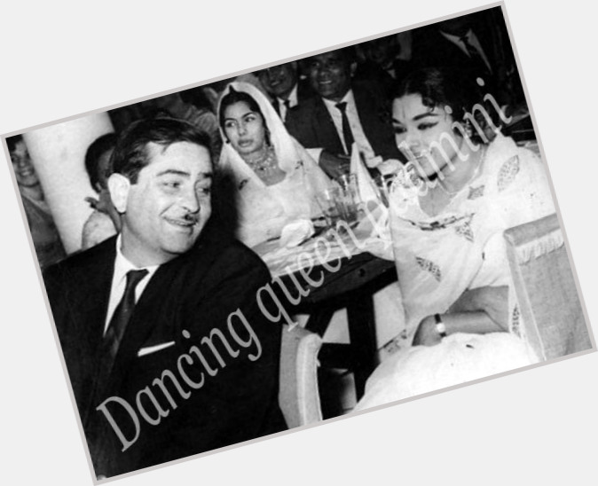 raj kapoor and nargis 9.jpg