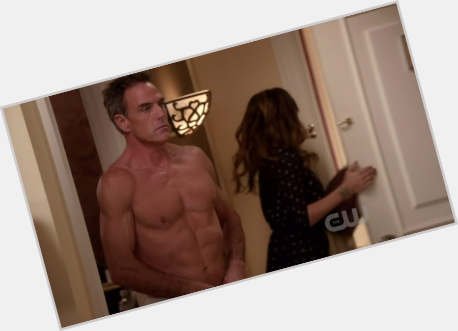 richard burgi desperate housewives 9.jpg
