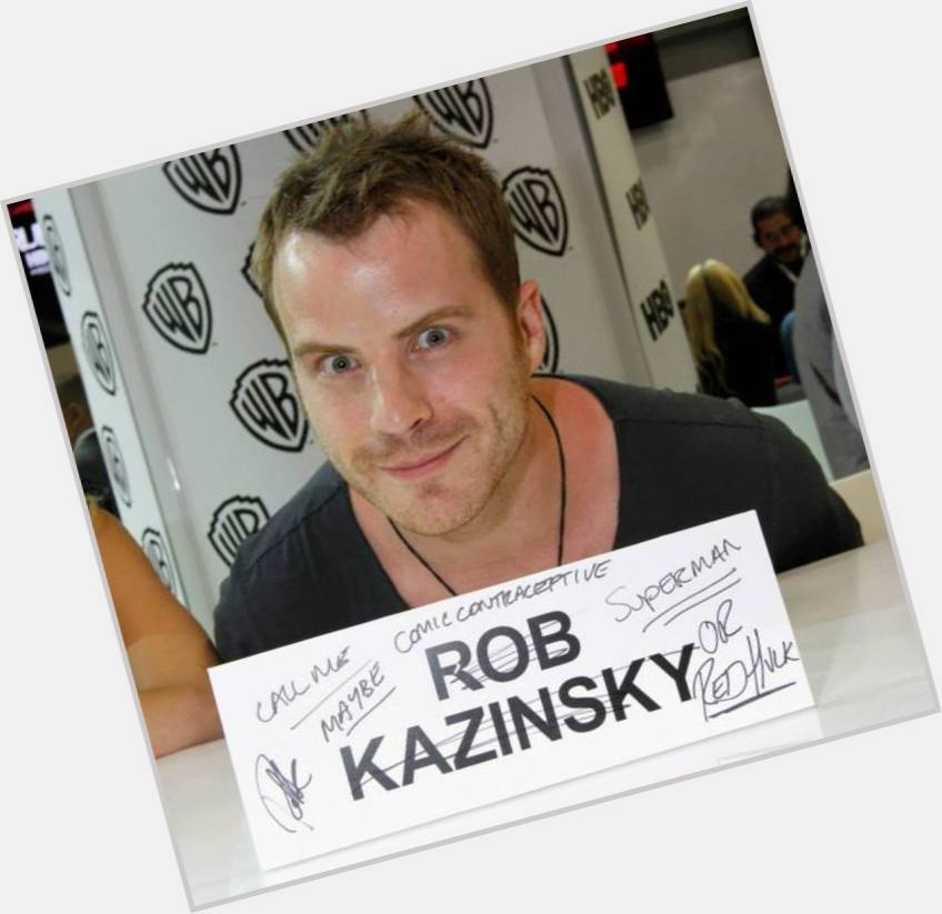robert kazinsky body 1.jpg