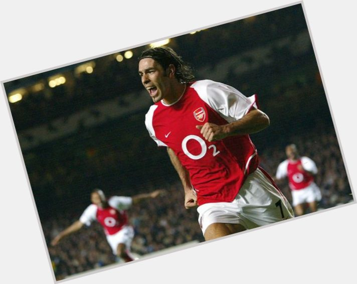 robert pires wallpaper 6.jpg