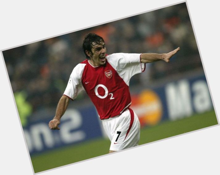 robert pires wallpaper 9.jpg