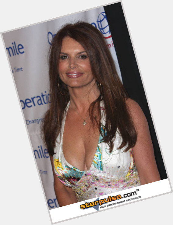 roma downey new hairstyles 9.jpg