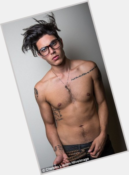 samuel larsen girlfriend 2.jpg