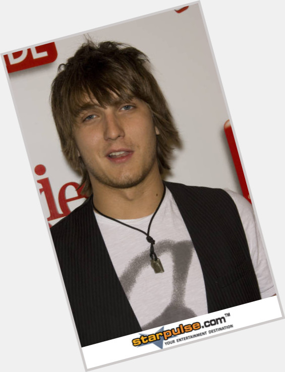scott michael foster new hairstyles 0.jpg