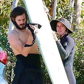 Adam Brody latest sexy shirtless December 16, 2020, 5pm
