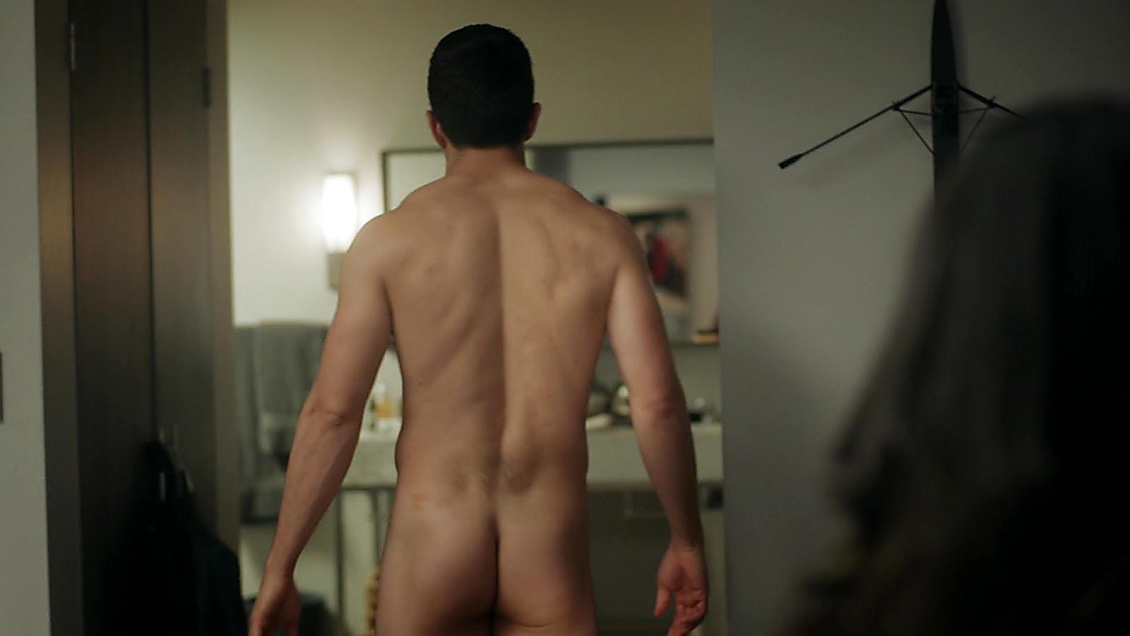 Adrian Gonzalez sexy shirtless scene May 17, 2020, 3pm