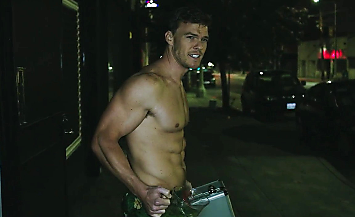 Alan Ritchson sexy shirtless scene August 2, 2014, 5pm