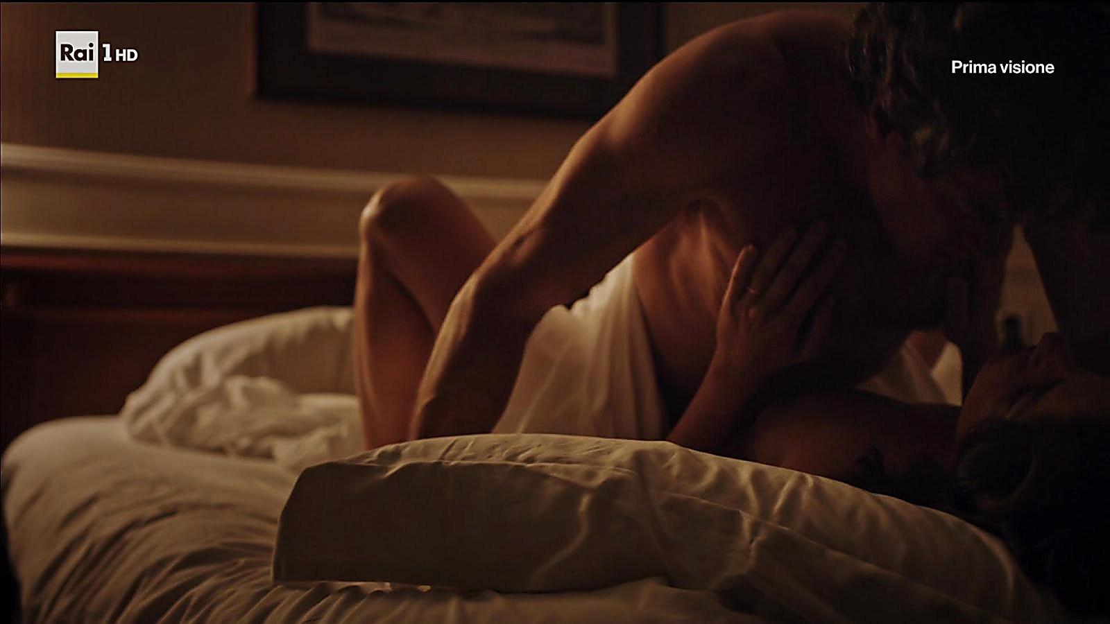 Alessio Boni sexy shirtless scene January 10, 2019, 12pm