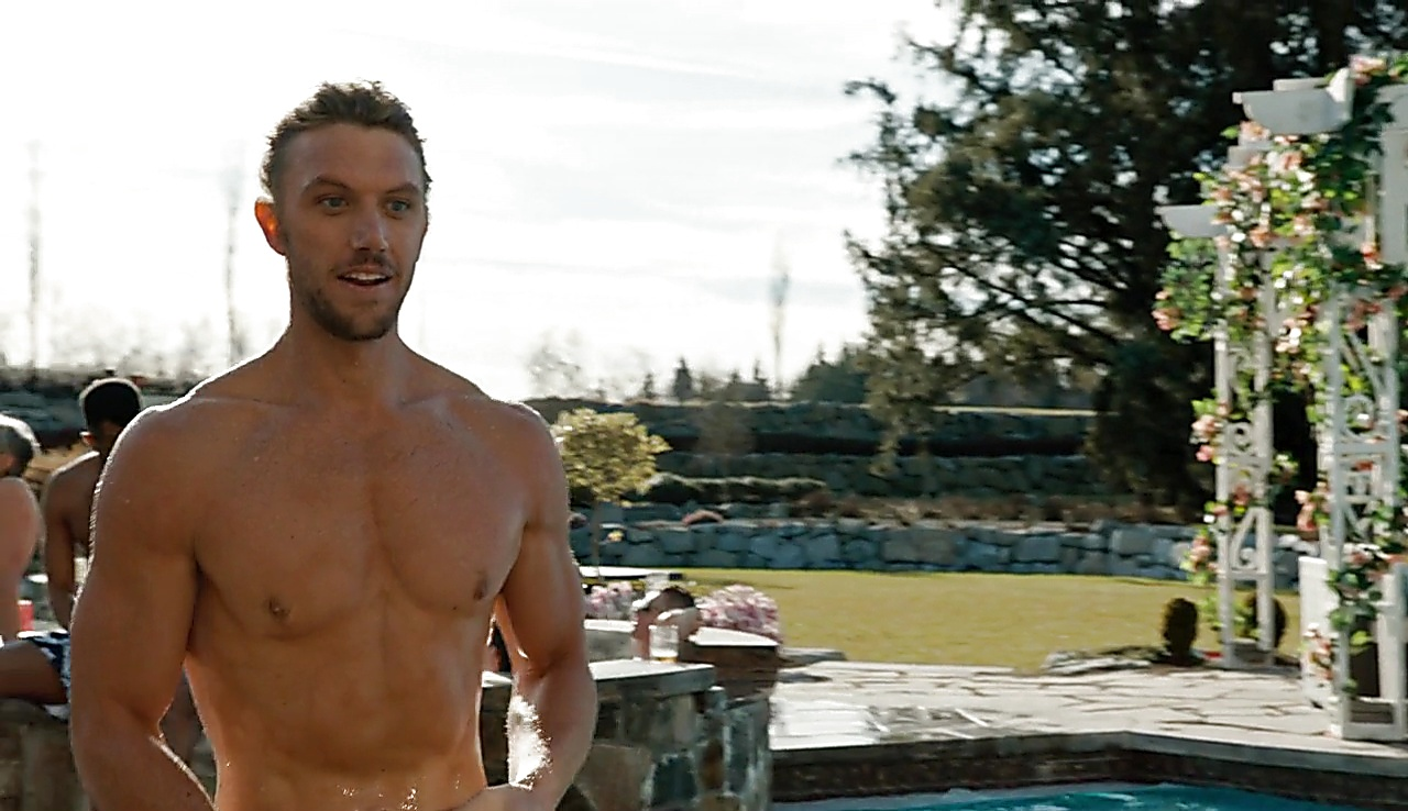 Alex Sparrow sexy shirtless scene March 6, 2018, 1pm