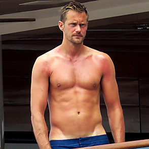 Alexander Skarsgard latest sexy shirtless June 25, 2017, 10pm