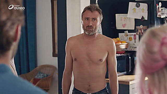 Alexandre Brasseur sexy shirtless scene October 4, 2020, 11am
