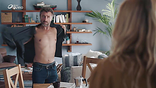 Alexandre Brasseur sexy shirtless scene October 17, 2020, 1pm