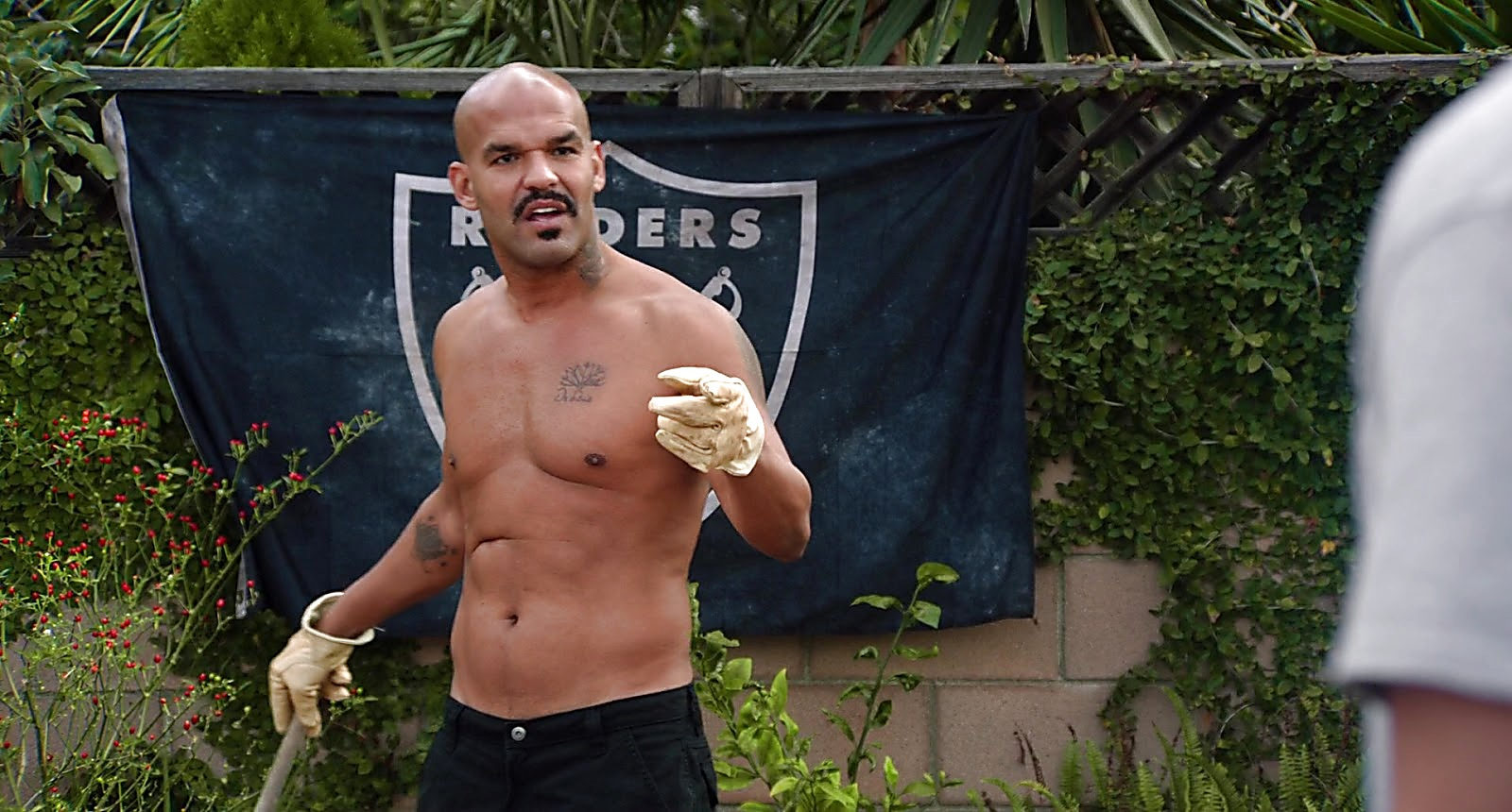 Amaury Nolasco sexy shirtless scene April 4, 2019, 1pm