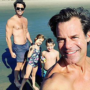 Andrew Rannells latest sexy shirtless October 16, 2019, 12am