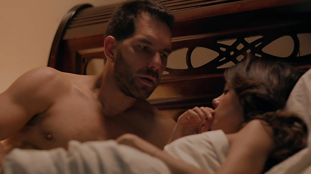 Arap Bethke sexy shirtless scene October 18, 2018, 1pm