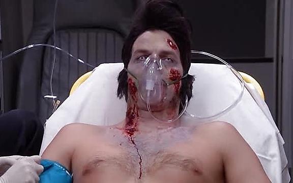 Ashton Kutcher sexy shirtless scene November 4, 2014, 7pm