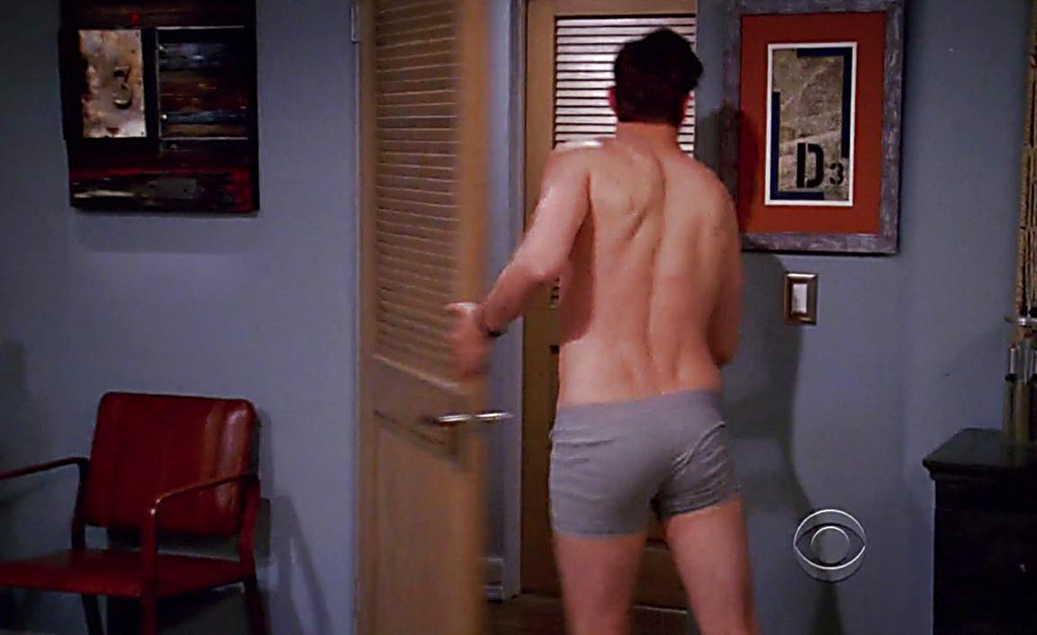Free ashton kutcher on two and a half men naked