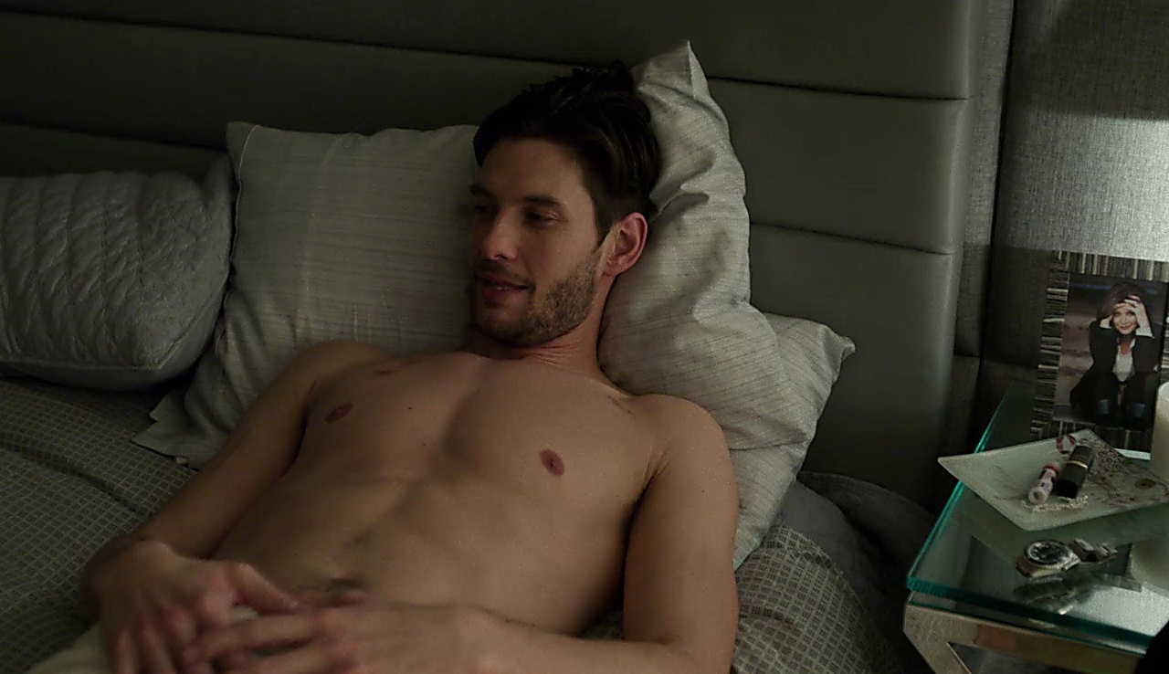 Ben Barnes sexy shirtless scene November 19, 2017, 1pm