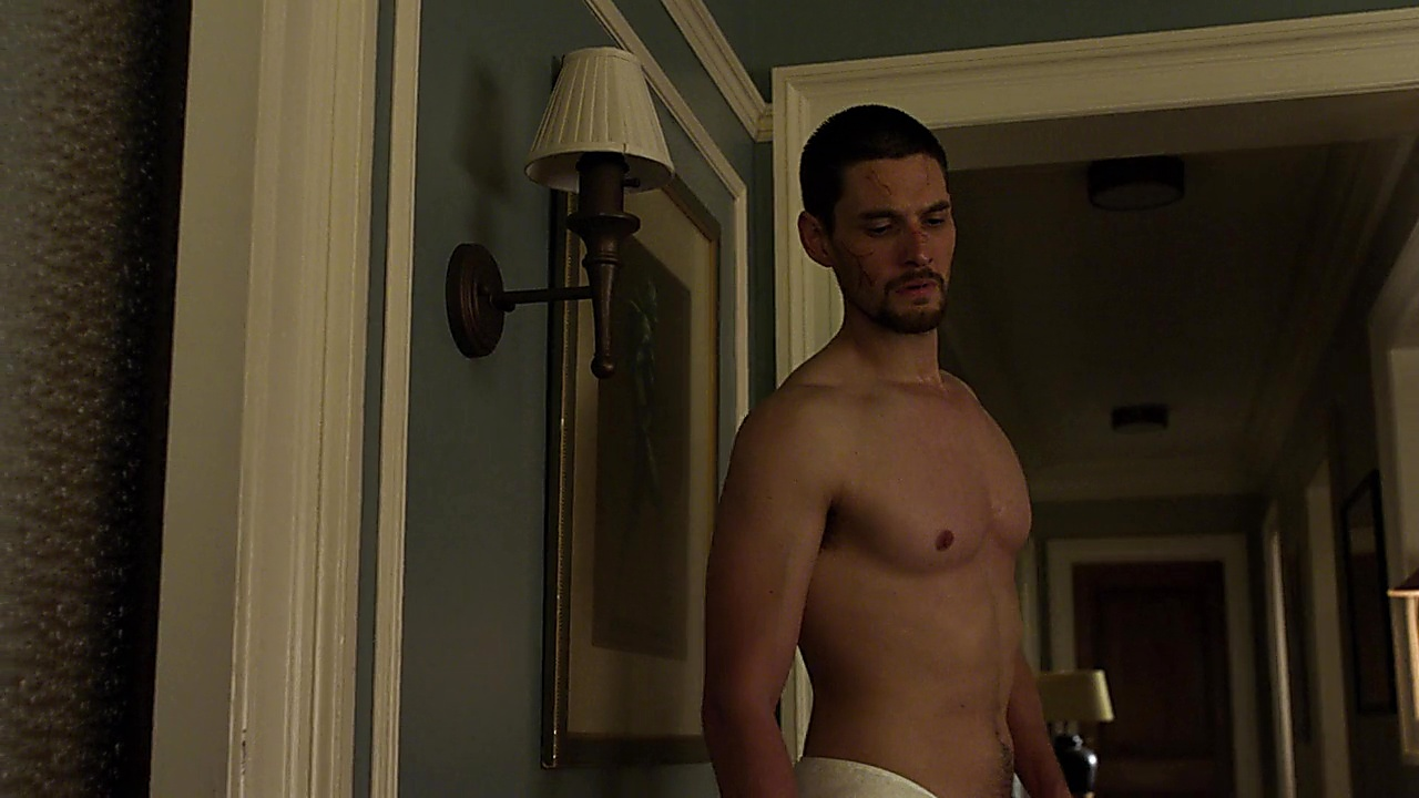 Ben Barnes sexy shirtless scene January 18, 2019, 11am