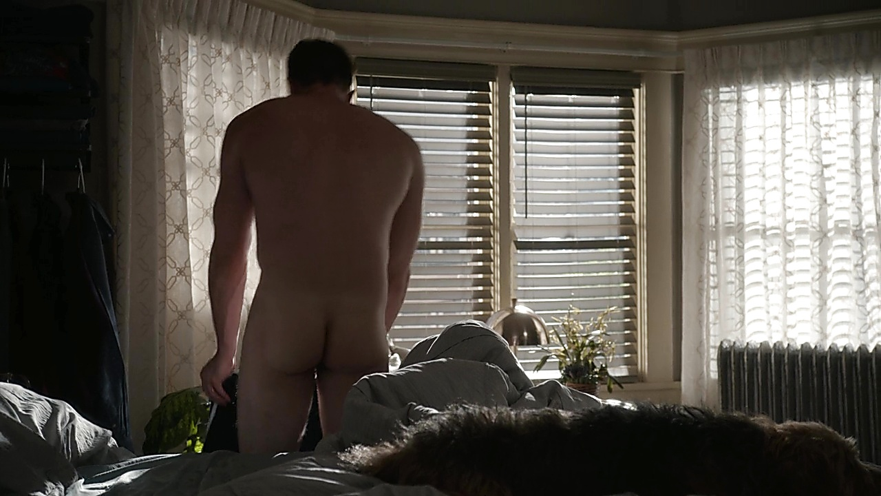 Blake Jenner sexy shirtless scene May 24, 2019, 11am