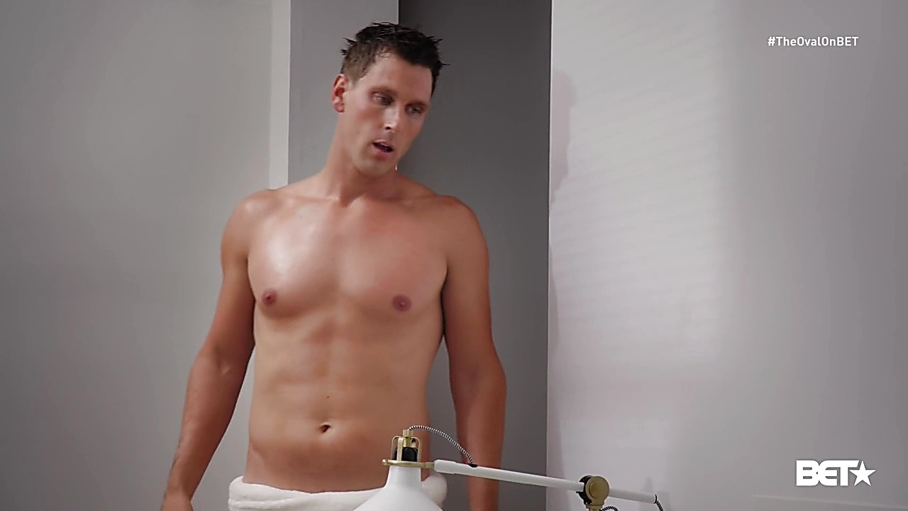 Brad Benedict sexy shirtless scene November 21, 2019, 3pm