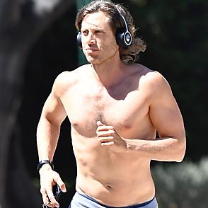 Brad Falchuk latest sexy shirtless August 31, 2019, 9pm