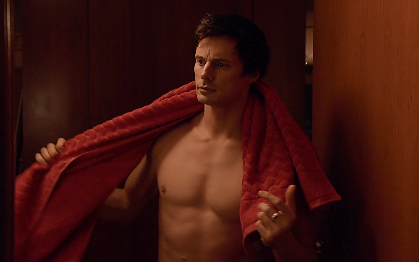 Bradley James sexy shirtless scene July 18, 2015, 1pm