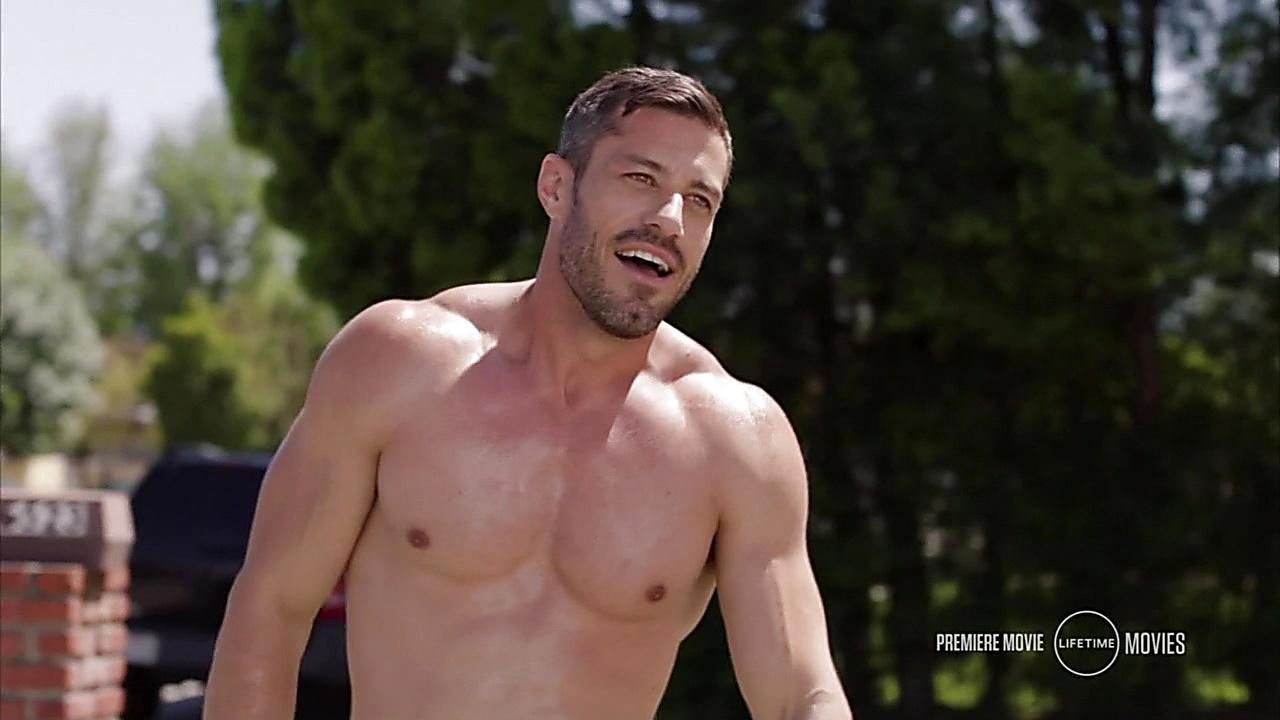 Brandon Quinn sexy shirtless scene March 9, 2019, 9am