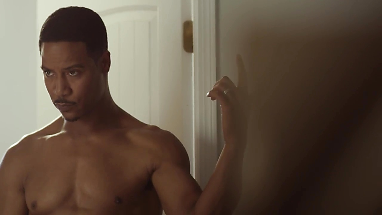 Brian White sexy shirtless scene September 11, 2018, 12pm