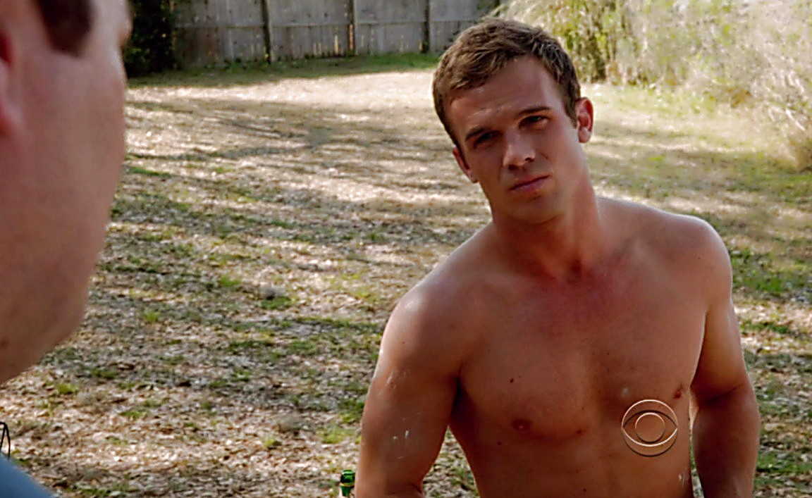 Cam Gigandet sexy shirtless scene June 30, 2014, 2am