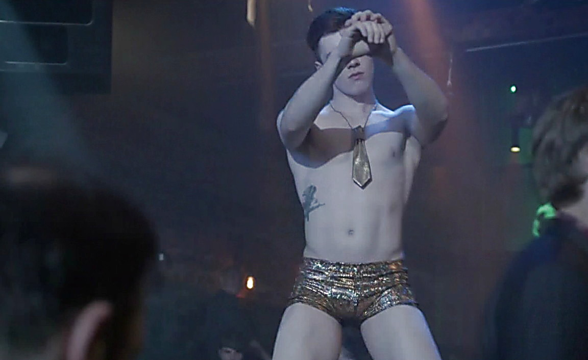 Cameron Monaghan sexy shirtless scene March 9, 2014, 10pm
