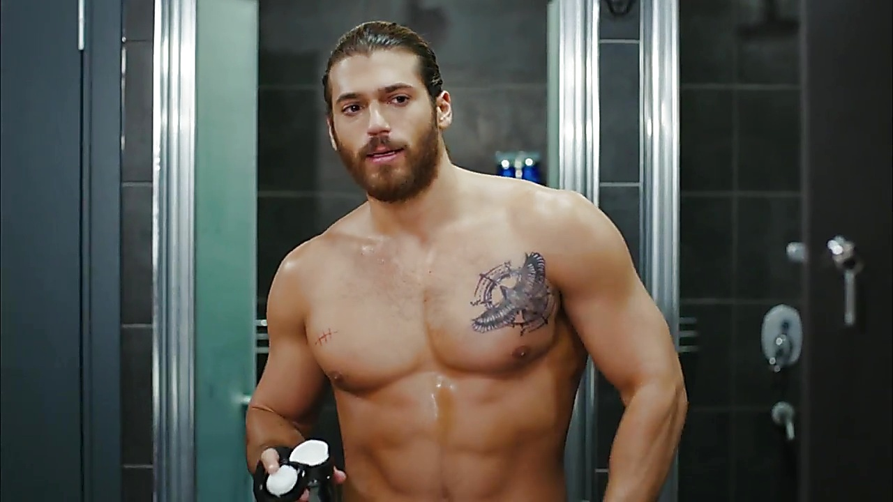 Can Yaman sexy shirtless scene October 7, 2018, 1pm