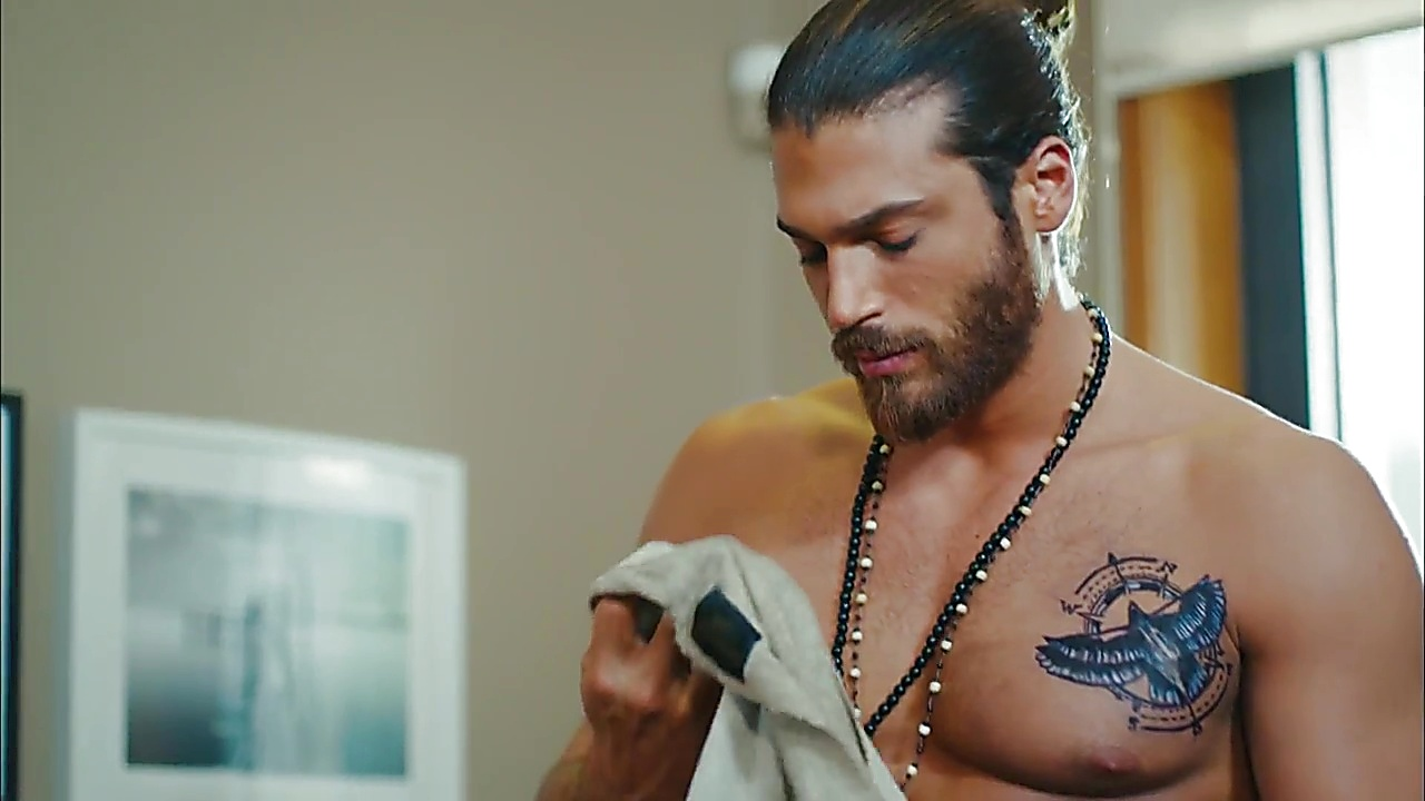 Can Yaman sexy shirtless scene October 28, 2018, 1pm