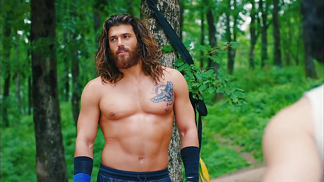 Can Yaman sexy shirtless scene May 27, 2019, 12pm