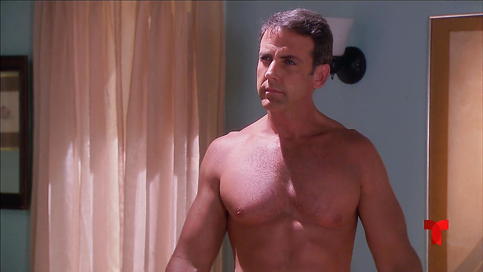 Carlos Ponce sexy shirtless scene July 6, 2020, 1pm