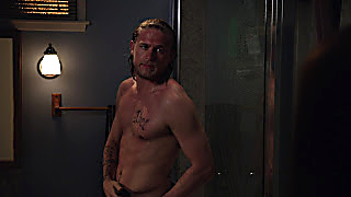 Charlie Hunnam Sons Of Anarchy 2020 03 30 1585563300 17