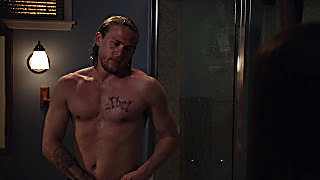 Charlie Hunnam Sons Of Anarchy 2020 03 30 1585563300 20