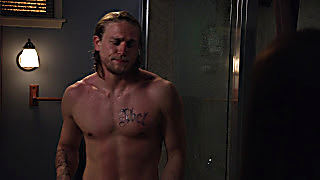 Charlie Hunnam Sons Of Anarchy 2020 03 30 1585563300 22