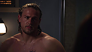 Charlie Hunnam Sons Of Anarchy 2020 03 30 1585563300 24