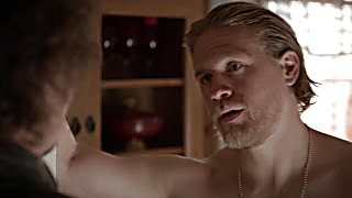 Charlie Hunnam Sons Of Anarchy S06E03 2020 04 04 1586016840 13