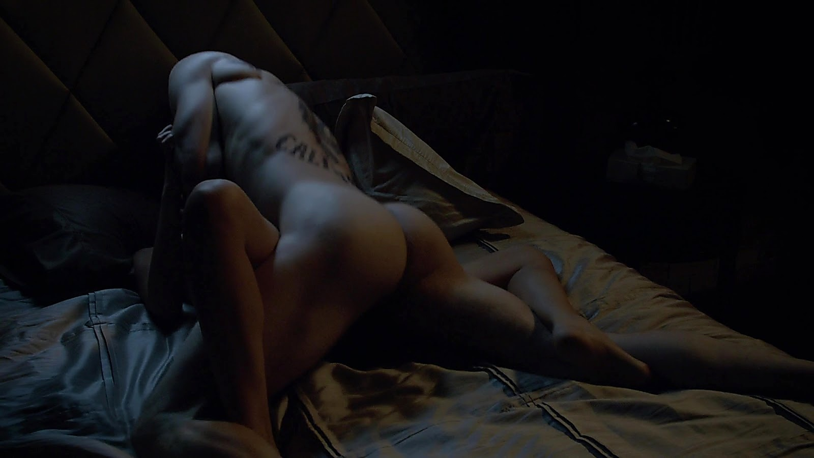 Charlie Hunnam sexy shirtless scene May 14, 2020, 5am