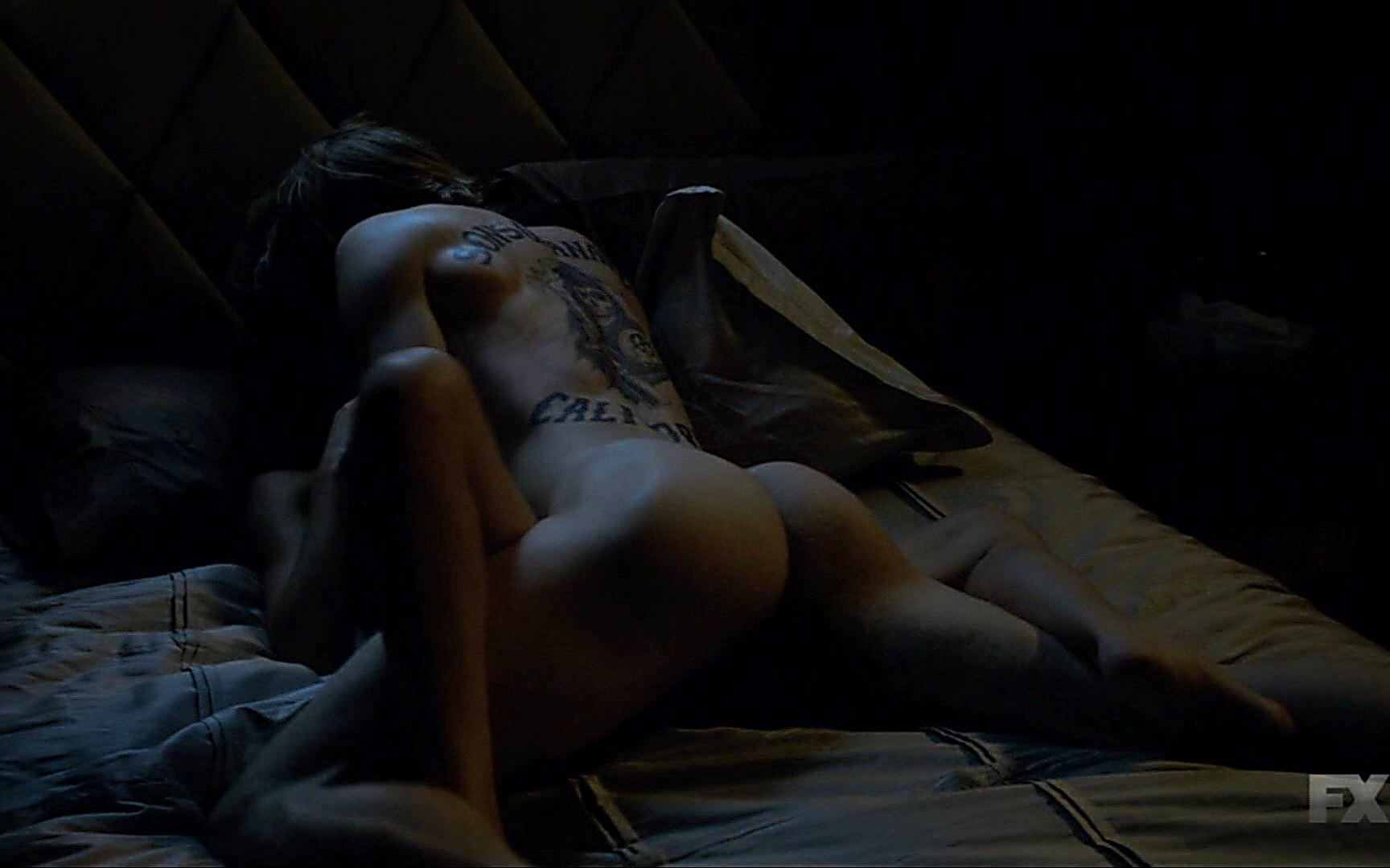 Charlie Hunnam sexy shirtless scene January 3, 2015, 4pm