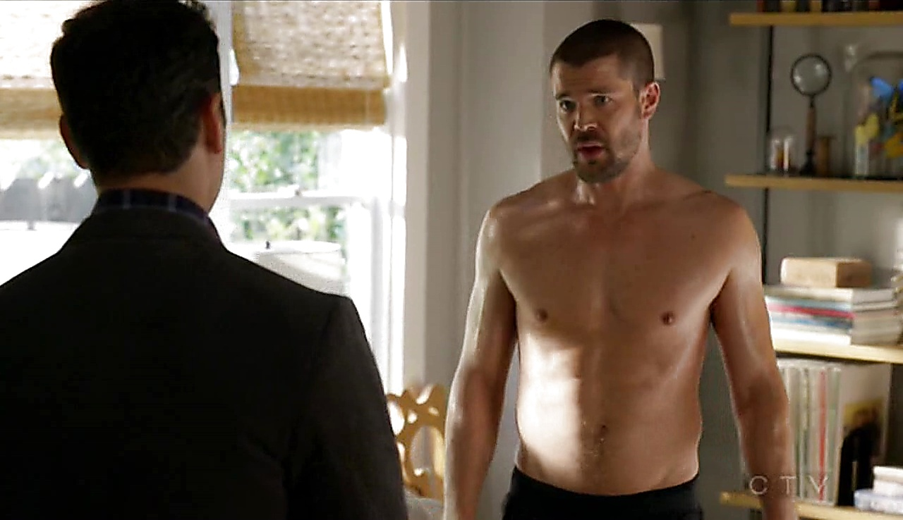 Charlie Weber sexy shirtless scene November 3, 2017, 3pm