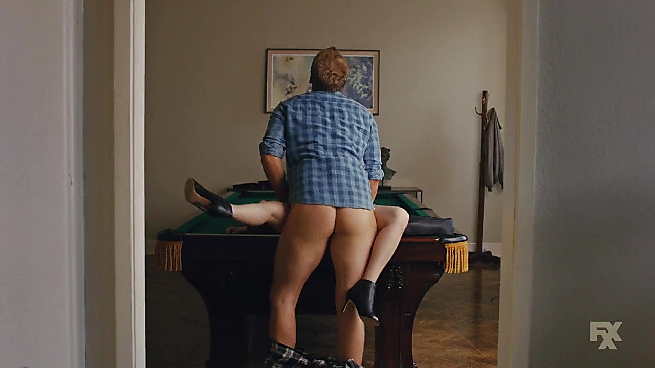 Chris Geere sexy shirtless scene January 25, 2019, 11am
