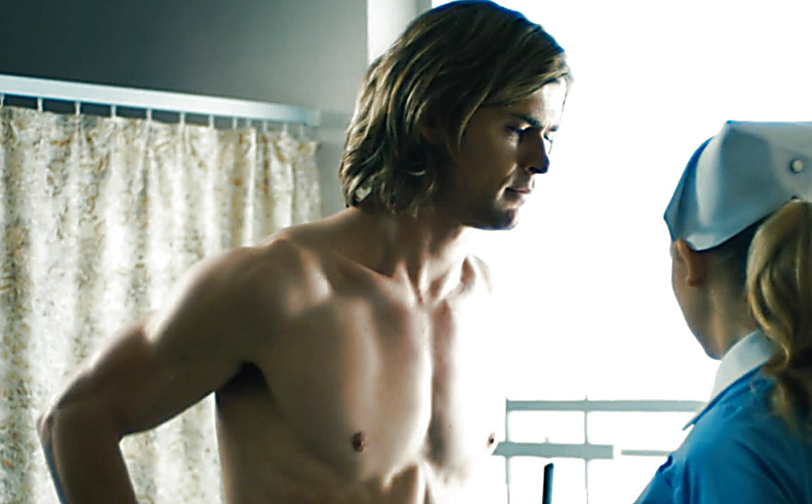 Chris Hemsworth sexy shirtless scene January 18, 2014, 6pm