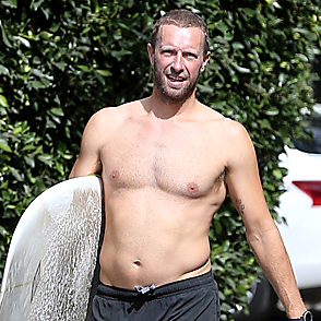 Chris Martin latest sexy shirtless October 9, 2018, 5pm
